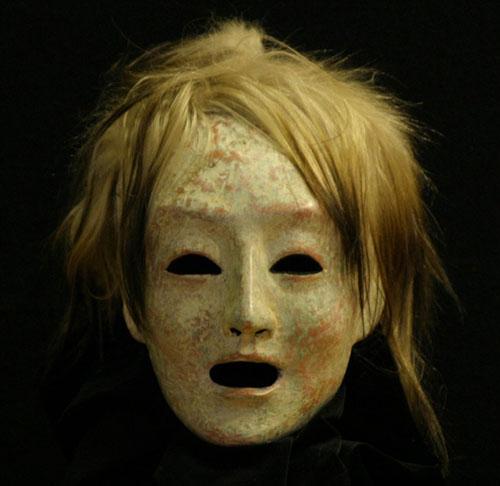 Maenad-Mask-500