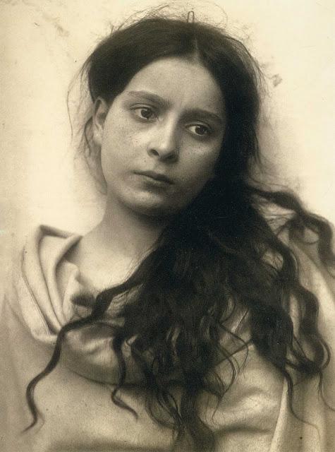 Girl 1900s