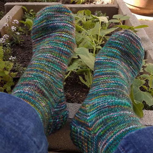 Jungle-sunset-Socks-Everyday-Yarn